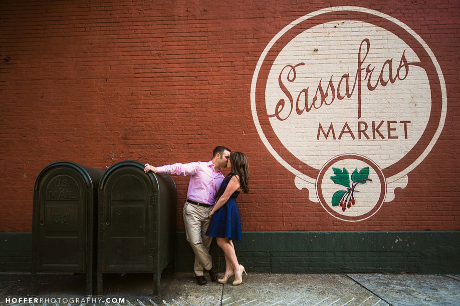 Cervo-Philadelphia-Bridge-Engagement-Photos-001