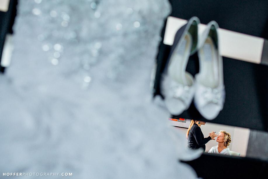 Versak-Curtis-Center-Wedding-Photographer-002