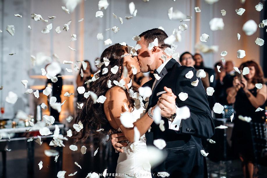 Klein-Downtown-Club-Philadelphia-Wedding-Photographers-026