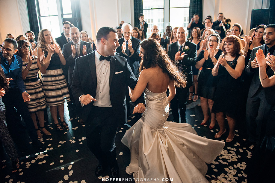 Klein-Downtown-Club-Philadelphia-Wedding-Photographers-027