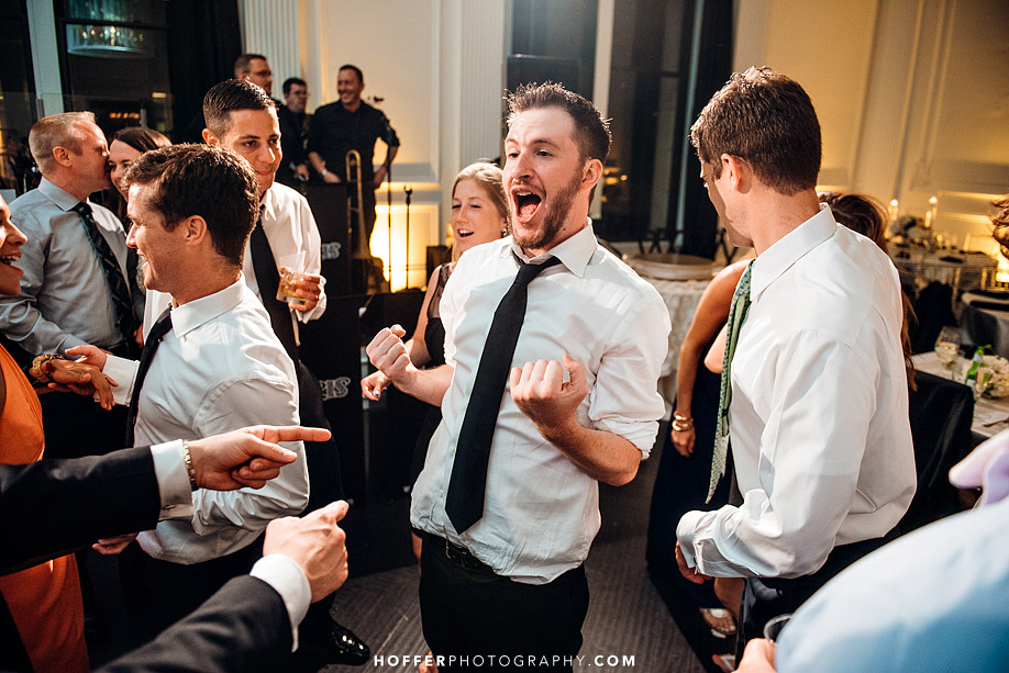 Klein-Downtown-Club-Philadelphia-Wedding-Photographers-033