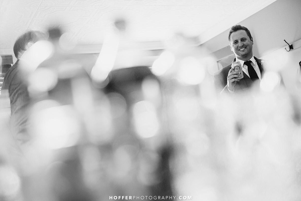 Ferguson-Barn-On-Bridge-Wedding-Photographer-004