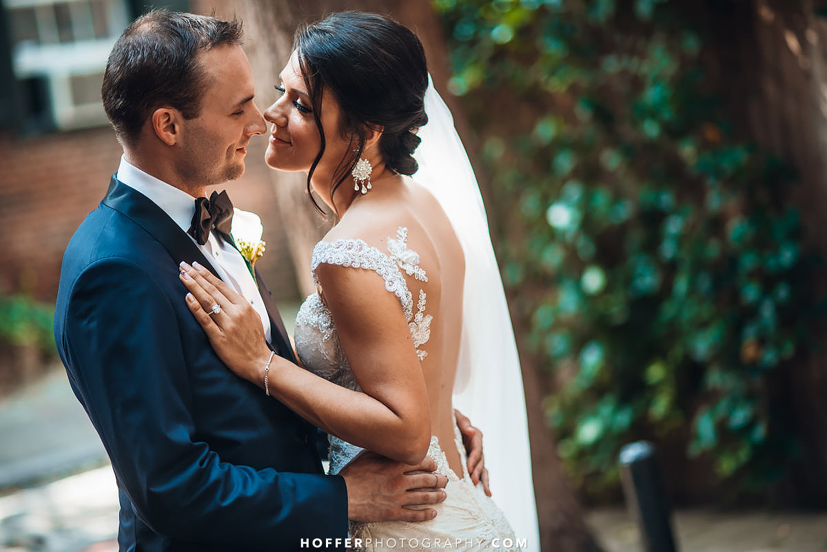 Kimpel-Philadelphia-Loews-Wedding-Photographer-021