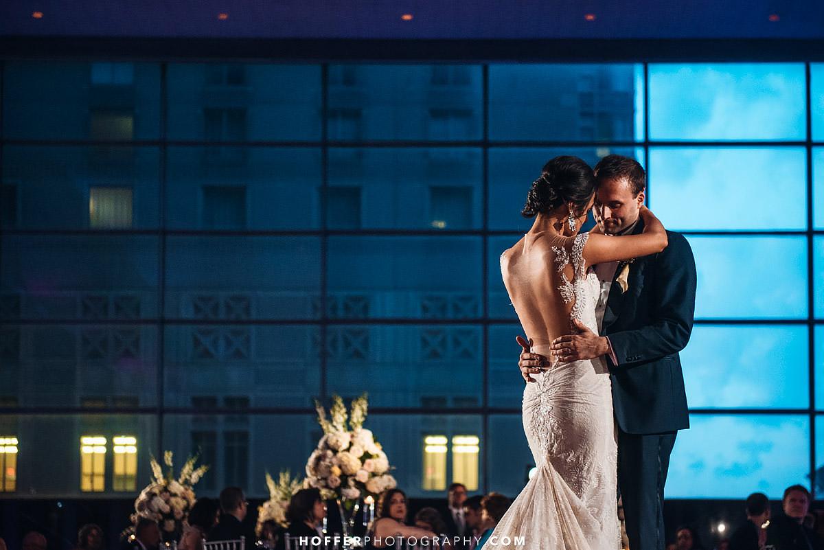 Kimpel-Philadelphia-Loews-Wedding-Photographer-037