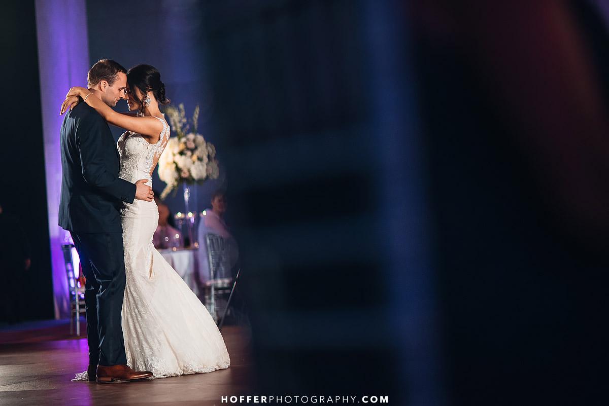 Kimpel-Philadelphia-Loews-Wedding-Photographer-038