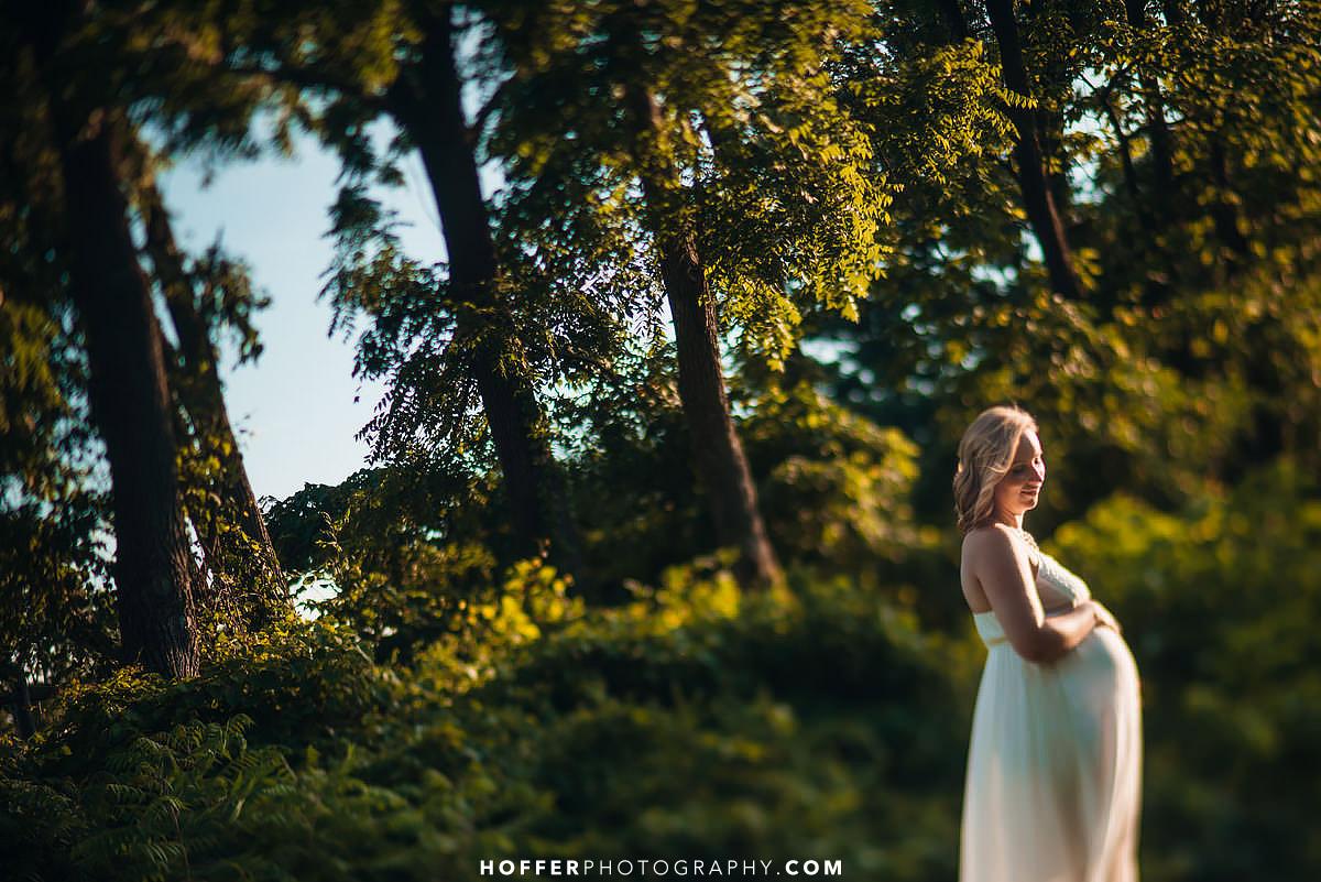 Hritz-Brookside-Maternity-Photographer-009